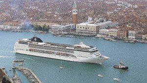 italien venedig krydstogtskib MSC Opera