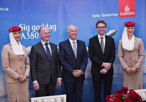 Fra pressemødet i går, fra venstre Københavns Lufthavns adm. direktør, Thomas Woldbye, Emirates' koncernchef Tim Clark og selskabets nordiske direktør, Teddy Zebitz.