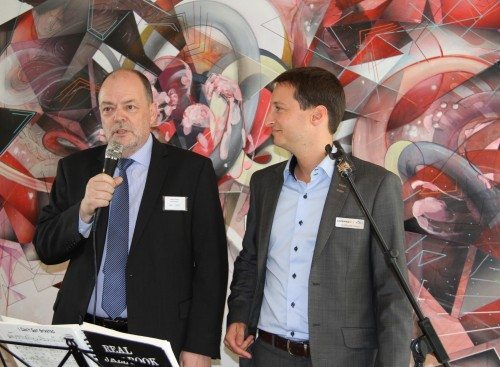 Lufthavnschef Søren Svendsen og KLM og Air France direktør i Danmark, Guillaume Glass bød velkommen til de mange gæster i Aalborg Lufthavn.