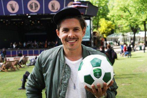 Mattias Hundebøll er vært ved Champions League-finalen i Tivoli på lørdag.
