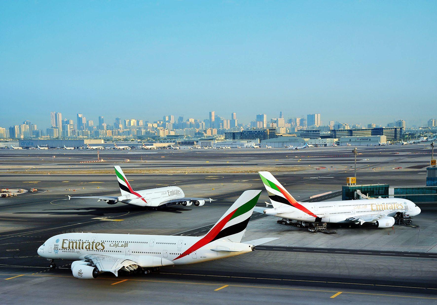 emirates a380 dubai fly