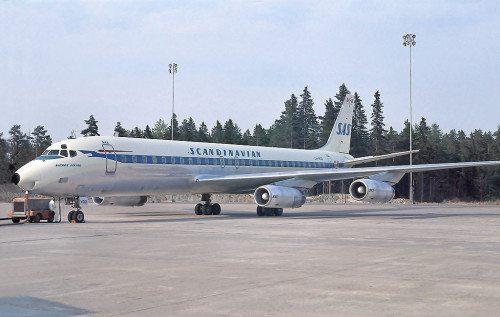 SAS DC-8-62 LN-MOO blev ødelagt ved Los Angeles som Flight 933 den 13. januar 1969.