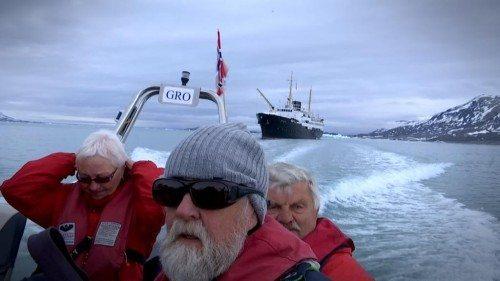Polarrejse ved Svalbard med landsætning et øde sted fra det gode skib MS Nordstjernen. (Foto: Kai Hartmeyer)