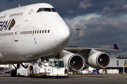 thai airways i københavns lufthavn, boeing b747, 2