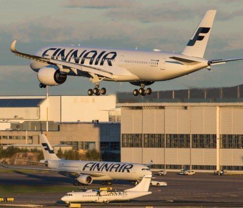 Finnairs første Airbus A350 lander efter afhentning hos Airbus i Toulouse i Helsinki Lufthavn.