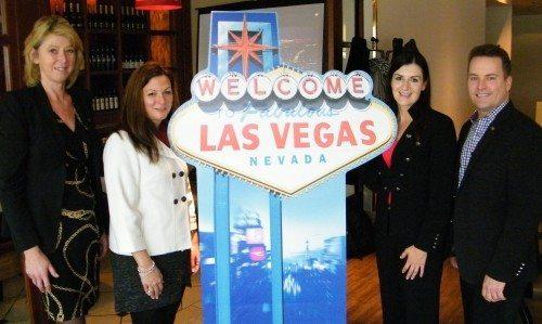 Fra pressemødet i går, fra venstre Karin Gert Nielsen med repræsentanterne for Las Vegas Convention and Visitors Authority, Cathy Tull, Jackie Dennis og Brig Lawson.