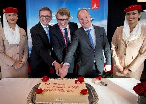 Emirates, Hubert Frach, Troels Lund Poulsen og Thomas Woldbye. Foto Ernst Tobisch.