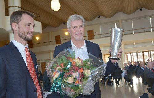 Prismodtager Kjeld Zacho Jørgensen og redaktør Andreas Krog.  (Foto Preben Pathuel)