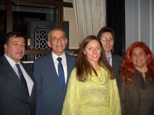 Fra venstre Javier Dago fra den spanske ambassade i København, Vicent Torres i Ferrer og Maria Diaz Gonzáles fra Iberia samt Raul Castro Cana og Carmen Sánchez Lapuente fra den Spanske Stats Turistbureau i Danmark.