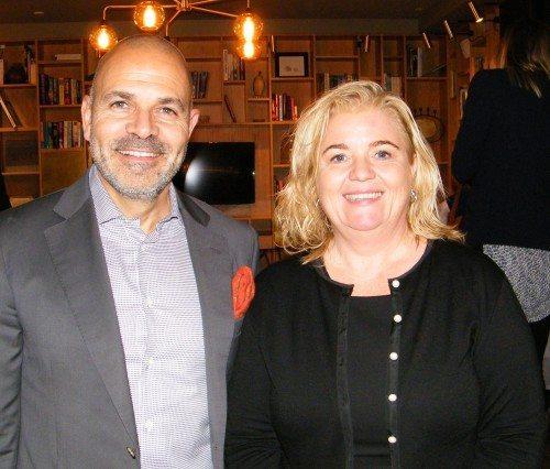 Fra torsdagens nytårskur på Hotel SP 34 i København, ses Karim Nielsen, adm. direktør for Brøchner Hotels, med Lene Larsen, der fra næste måned er ny direktør for Brøchners nyerhvervelse, Avenue Hotel i København.