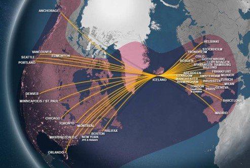 Icelandairs rutenet, hvor den lyserøde farve markerer selskabets Wi-Fi-dækning.