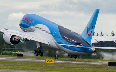 Thomson boeing B787 Dreamliner fly
