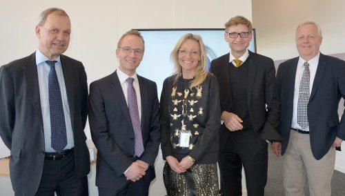 Fra receptionen i går, fra venstre Lars Thuesen, Jacob Pedersen, Birthe Madsen, Teddy Zebitz og Klaus Ren. Foto: Preben Pathuel.