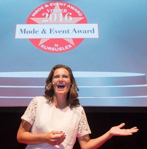 TV-vært Sisse Fisker uddelte de otte Møde & Event Awards til årets bedste udøvere. Over 200 hoteller og eventudøvere er nomineret. Foto: Karsten Bidstrup.