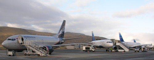 færøernes lufthavn, Nordavia og Atlantic Airways