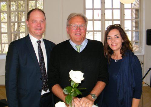Fra Preben Nesagers reception i går flankeres han af Bella Center BC Hospitality Group direktør, Allan Agerholm, og Horestas adm. direktør, Katia Østergaard.