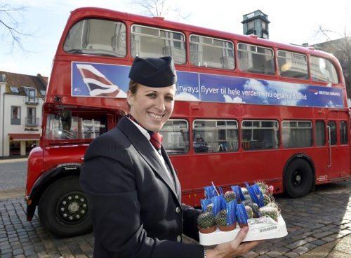 British Airways og Billund Lufthavn har haft denne London-bus rundt i Midt- og Sønderjylland for at reklamere for den nye BA-rute til Billund fra Heathrow. I morgen kl. 10.25 lander det første BA-fly fra Heathrow efter planen i Billund Lufthavn.