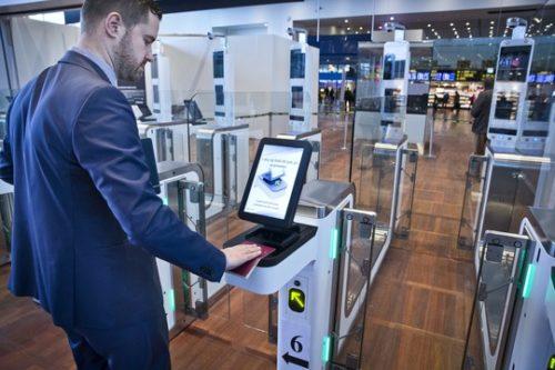 paskontrol københavns lufthavn