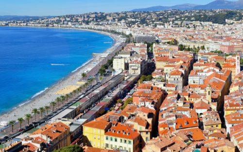 Nice med Promenade des Anglais, hvor terrorangrebet skete.
