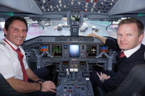 austrian piloter cockpit embraer