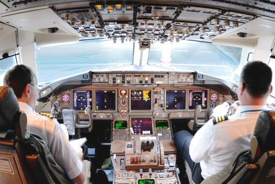 Lufthavn vil møde kritiske piloter