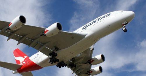 Qantas Airbus A380 fly