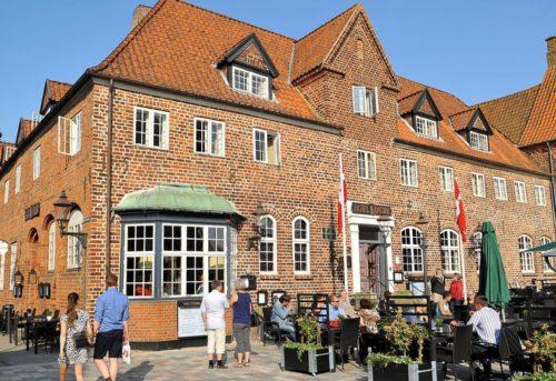 Hotel Dagmar i Ribe er et af de foreløbig 21 hoteller og kroer der er medlem af Danske Hoteller.