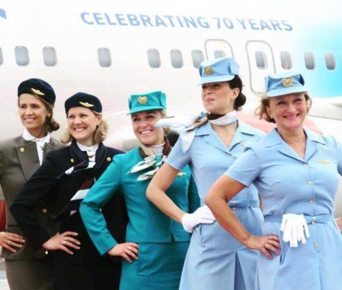 sas-70-aars-jubilaeum-gamle-uniformer