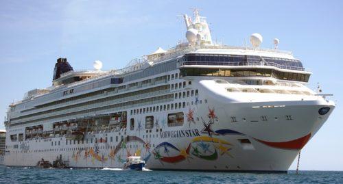 krydstogtskib-norwegian-star-ferie