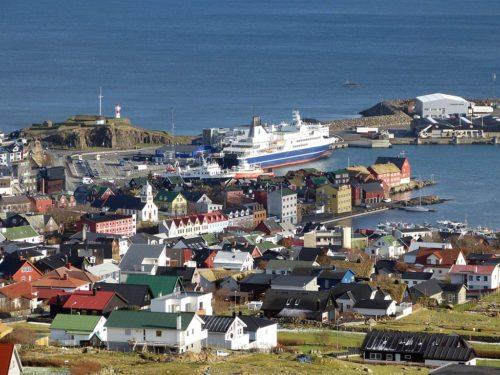 Færøerne og dermed øgruppens hovedstad, Torshavn, er fra næste forår ny helårlig, daglig rute for SAS fra København.