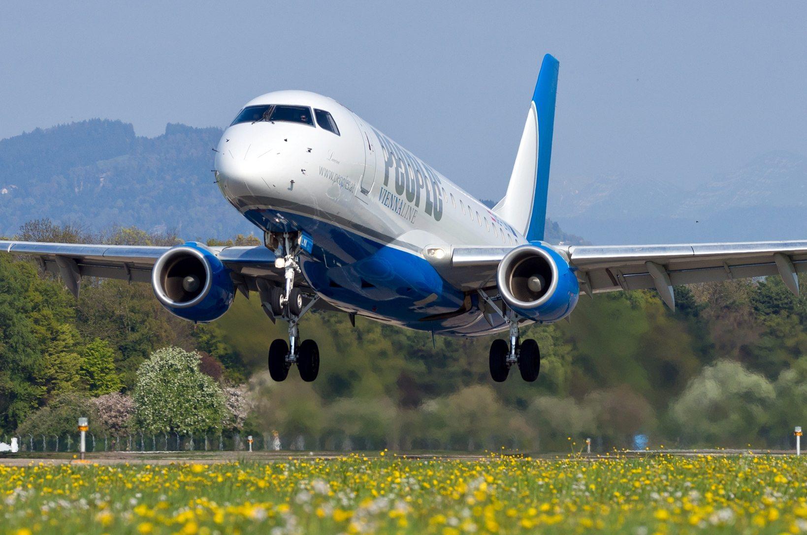 People's Viennaline Embraer