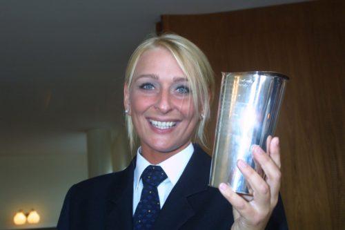 Pilot Kathrine Elmer var den første kvindelige prismodtager i foreningens historie ( 2006) Foto Bjarne Lüthcke
